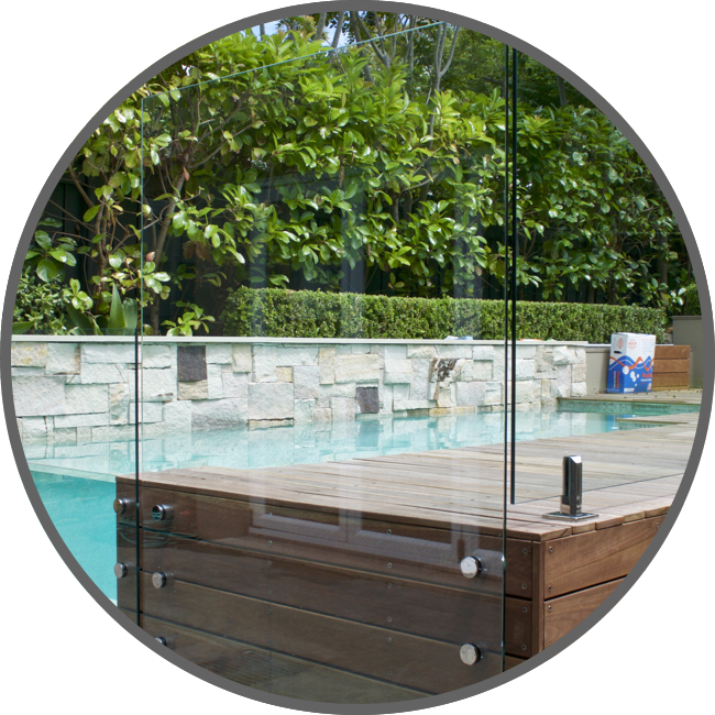 Modern Glass Design Pool Fences
